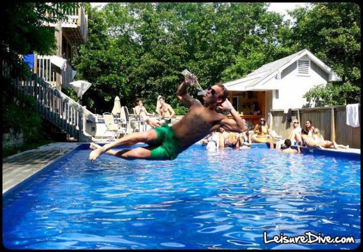 Zabawne zdjęcia przy skokach do basenu 42
