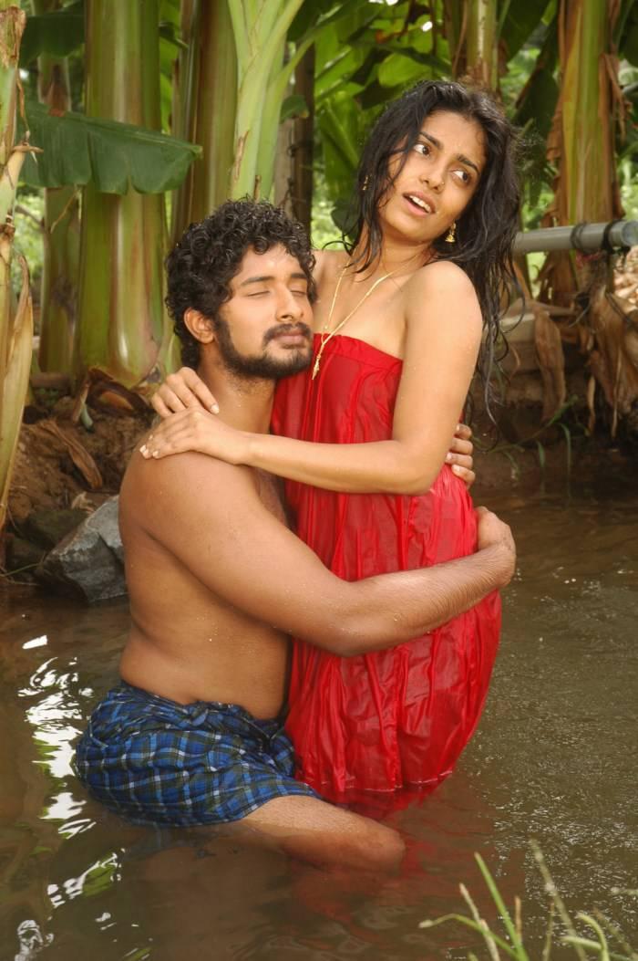 2014 new punjabi bhabhi red salwar with littel dever ji039s in home sex - 5 4