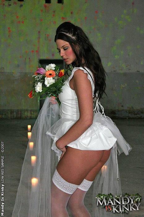 عروسة العريس يكفى لوحده واحد