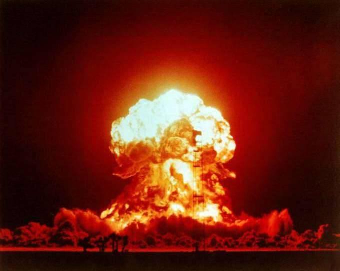 Wybuchy jądrowe 84