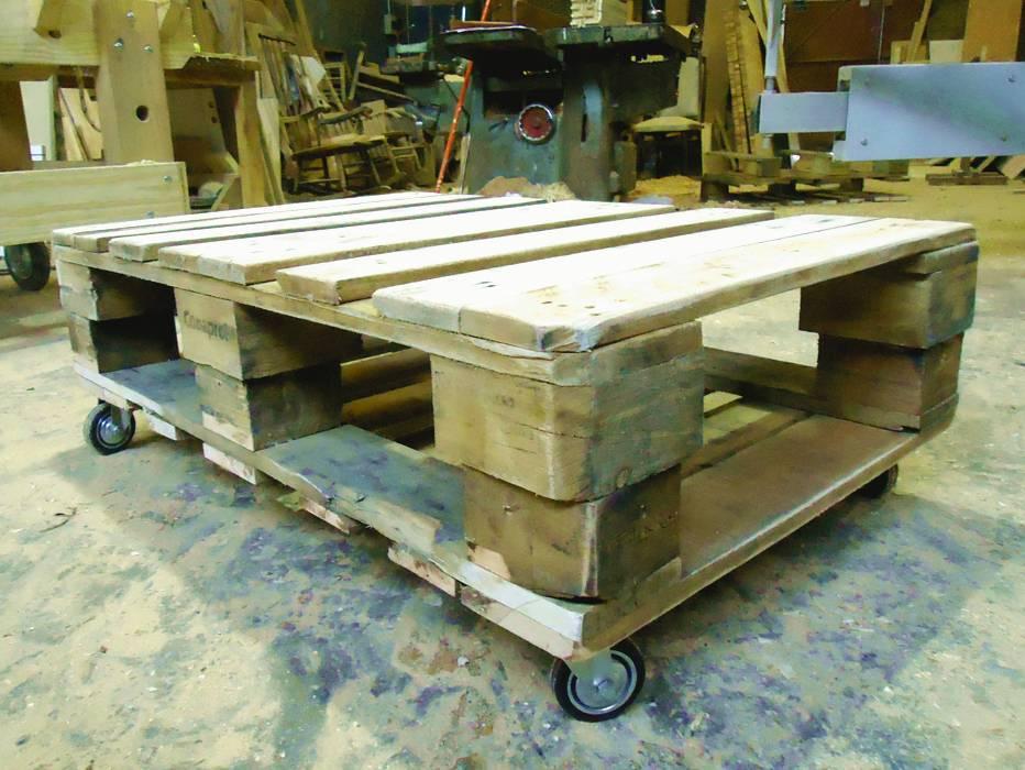 mesa ratona de madera
