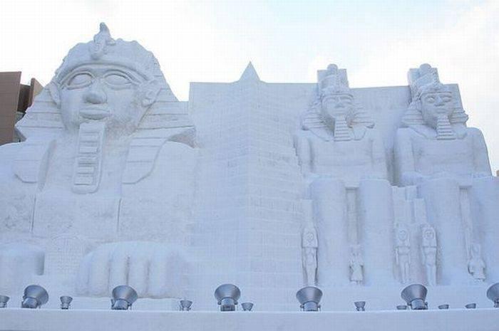 Rzeźby ze śniegu 43