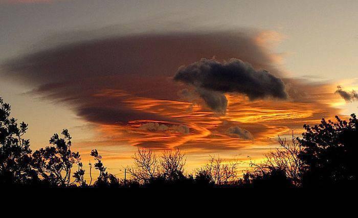 Niezwykłe chmury 15