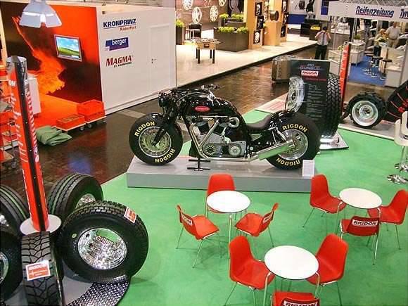 Gunbus - największy motocykl świata 8