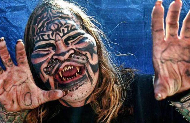 Tatuaże na twarzy 19