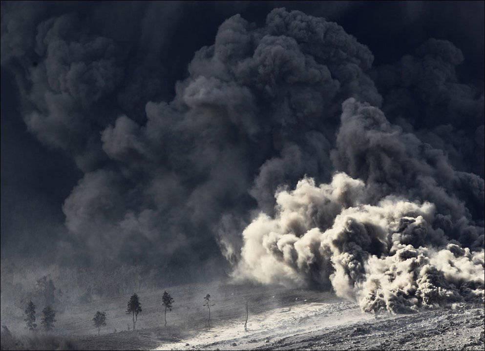 Erupcja wulkanu Sinabung 25