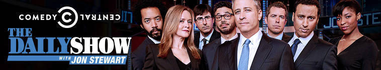 The.Daily.Show.2015.01.14.Julianne.Moore.720p.HDTV.x264-CROOKS