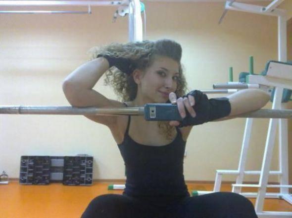 Dziewczyny na siłowni 19