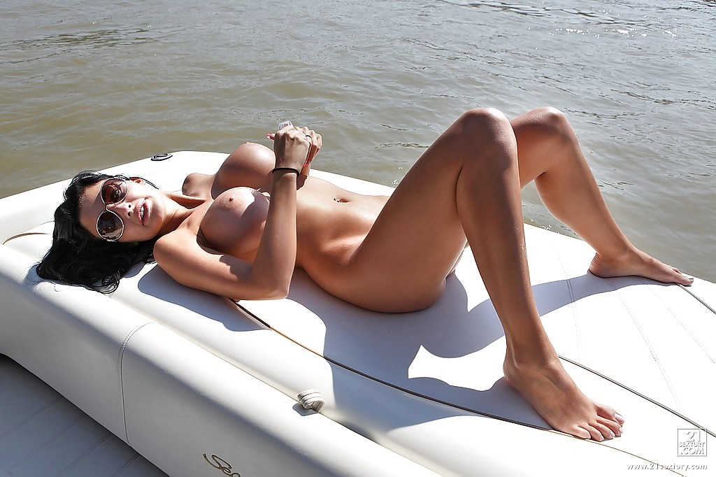 брюсселе анетта океан на яхте если