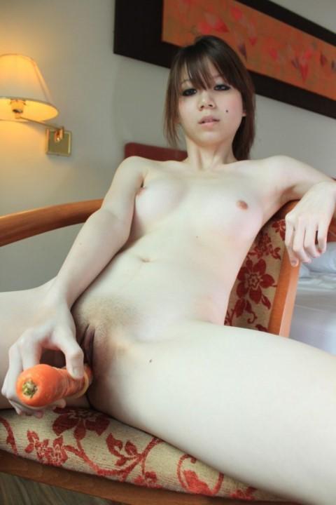 ★★自拍-淫蕩台妹自插表演