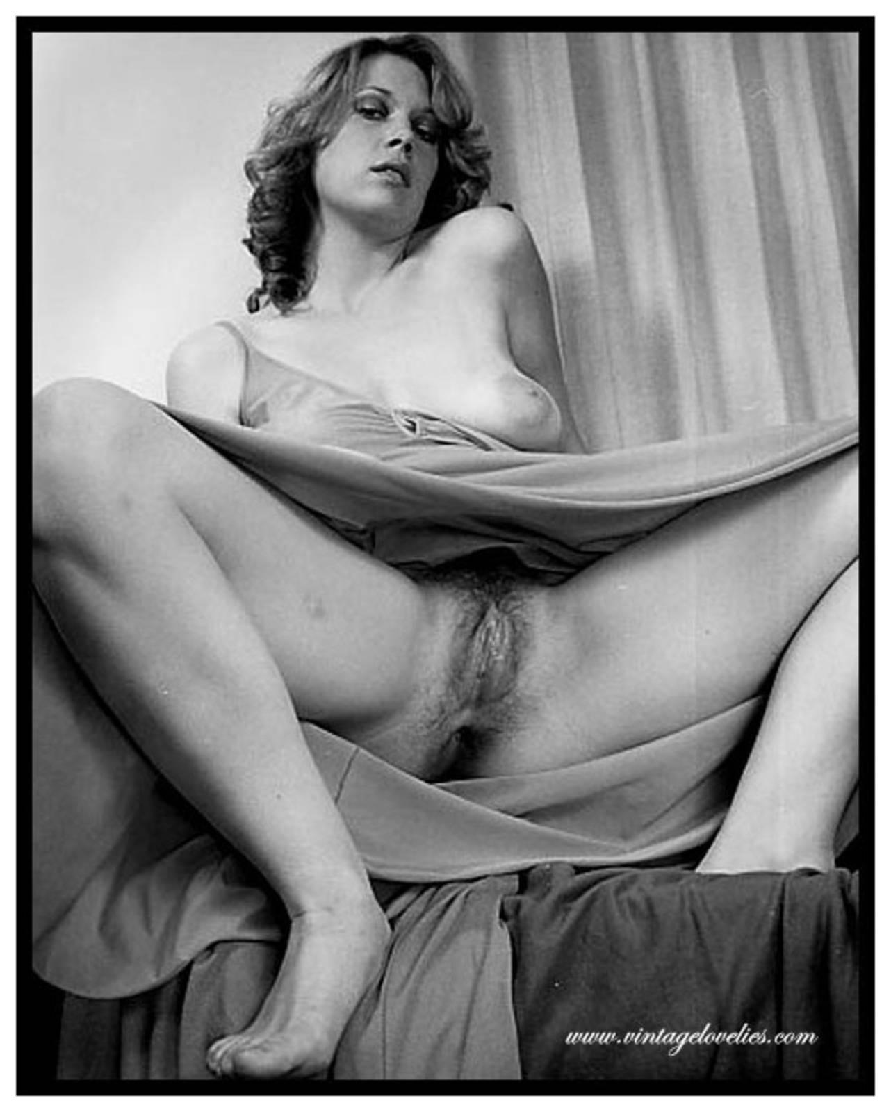 Ретро эротика голая мама 25 фотография