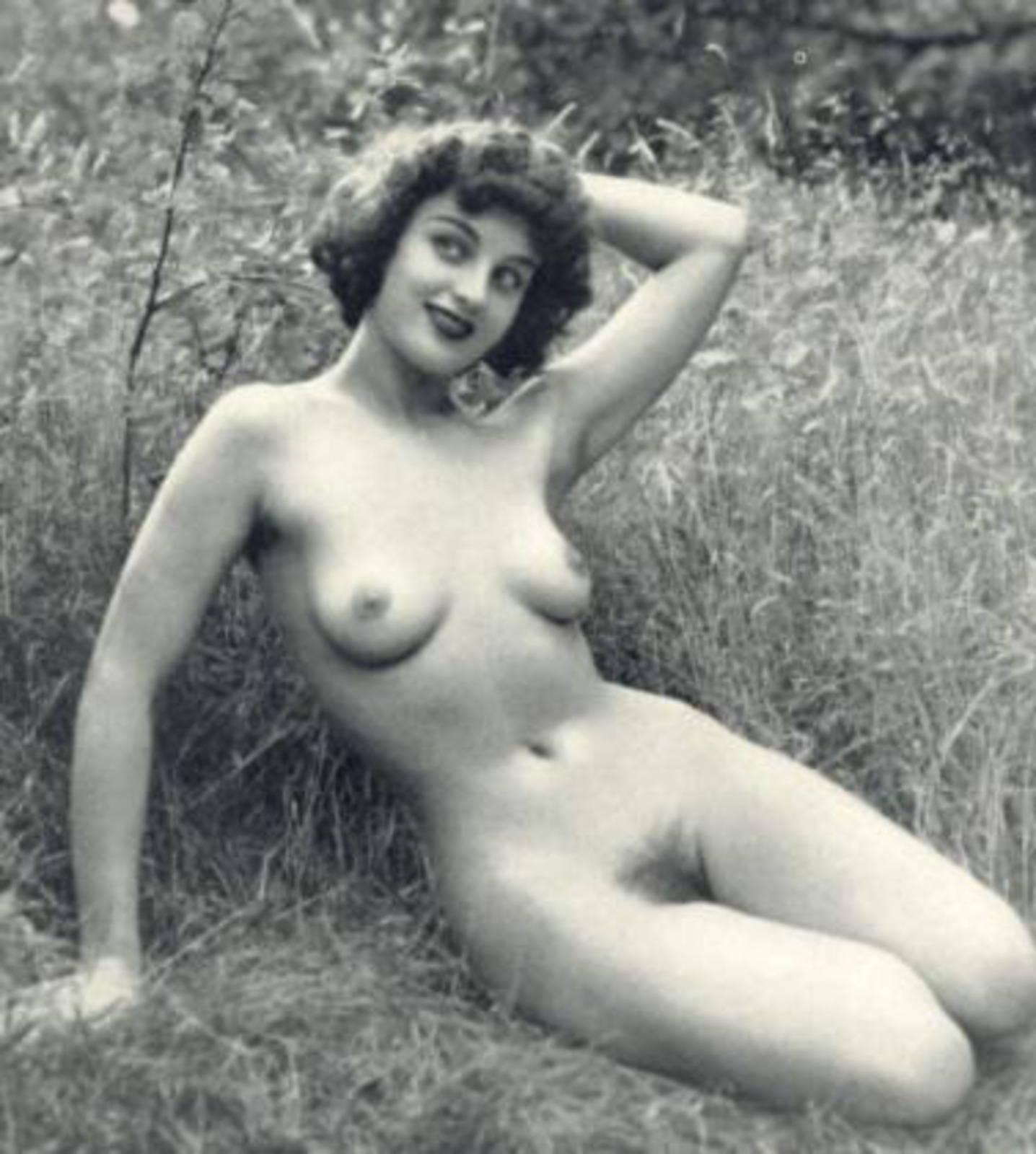 Старые праститутки еротика онлаин 24 фотография