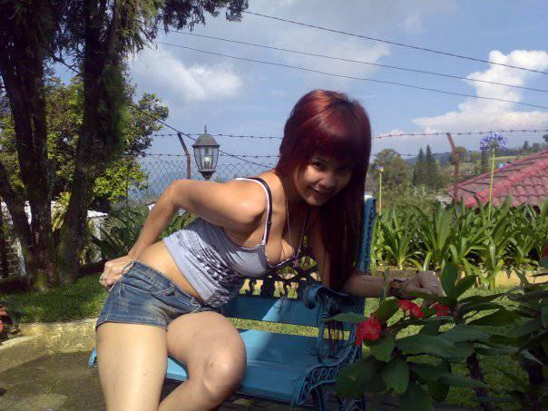 foto telanjang Cewek Facebook