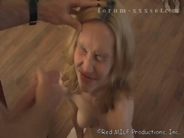 Sister loves brothers cock