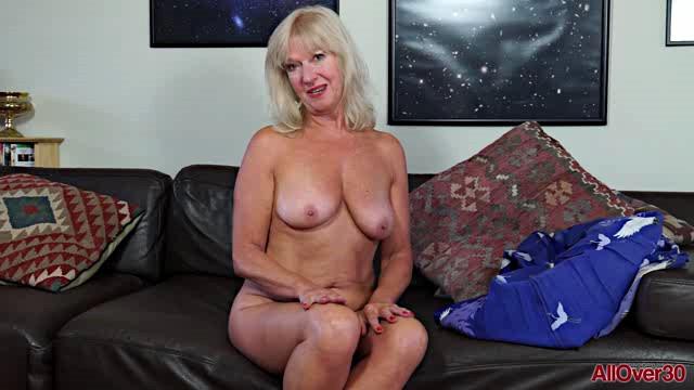 AllOver30 18 07 03 Sapphire Louise XXX