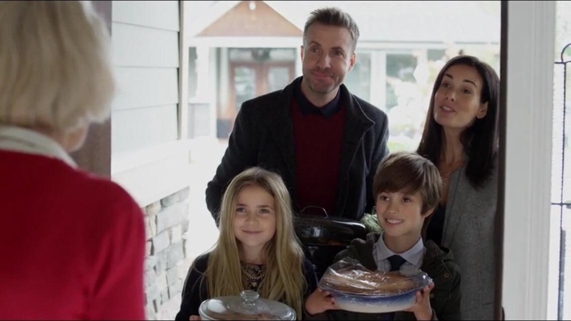 A Family for the Holidays 2017 720p BluRay H264 AAC-RARBG