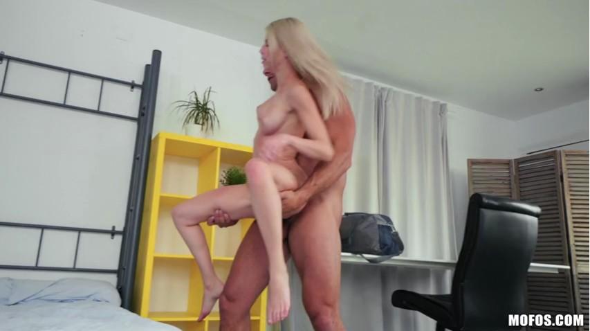 DontBreakMeMounted Bed Sex Tape-14-01-19 480p-XXX