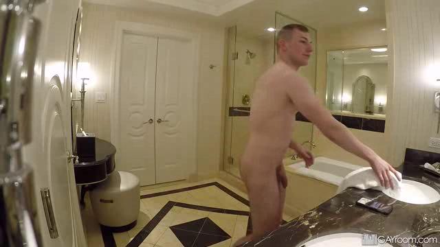 ShowerBait 19 08 30 Eli Hunter and Blake Ellis Cousin Caught On Shower Spy Cam XXX