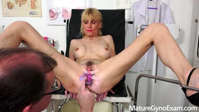 MatureGynoExam 19 11 23 Valeria Blond XXX